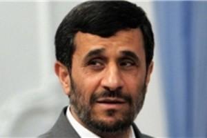 تقاضای یک پیرزن در سمنان برای ازدواج با احمدی نژاد!
