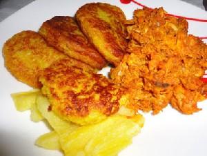 طرز تهیه پیراشکی مرغ با خمیر سیب زمینی