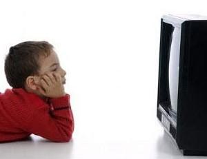 مراقب رابطه تلویزیون و فرزندانتان باشید