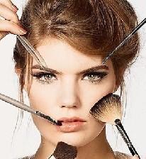 بینی خود را با آرایش کردن کوچک نمایید