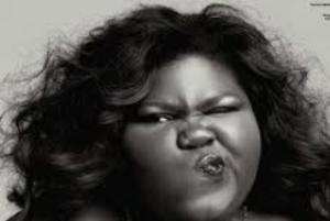 مراسمی جالب برای بالا بردن اعتماد به نفس زنان چاق