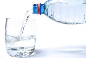 بدن ما روزانه به چه مقدار آب نیاز دارد؟