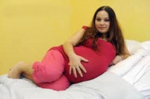 این موجودات بامزه علاقه ی عجیبی به زنان باردار دارند