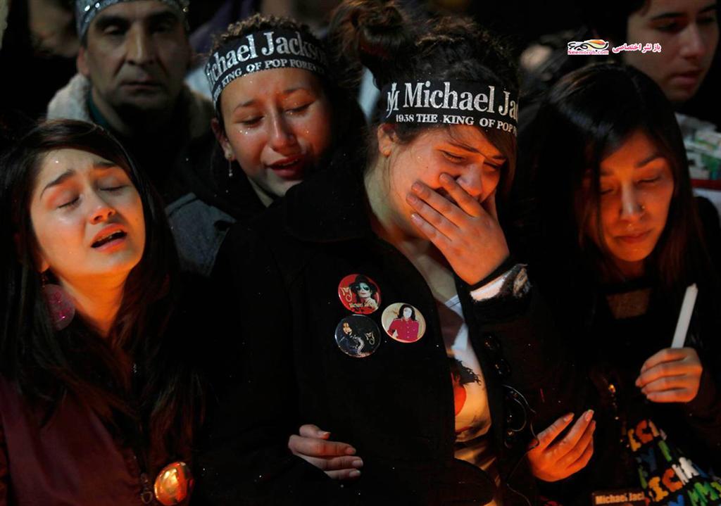 تصاویر عکسالعملهای هواداران مایکل پس از شنیدن خبر مرگ وی!