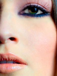 آرایشی که برازنده رنگ چشم شماست