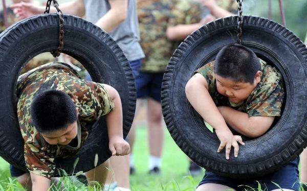 کلوپ لاغری برای کودکان چاق!! (+عکس)