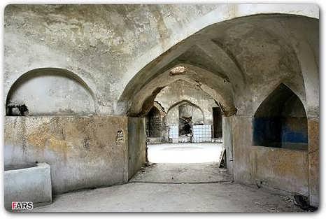 عكسهایی از حمام شیخ بهایی ,حمامی که تنها با یک شمع گرم میشد