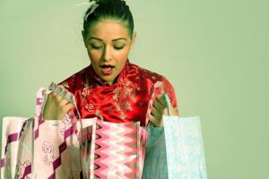 نکاتی که در هنگام خرید هدیه برای یک زن باید رعایت گردد
