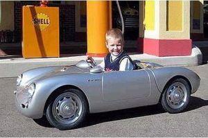 ماشین72,610 دلاری پسر دیوید بكام!