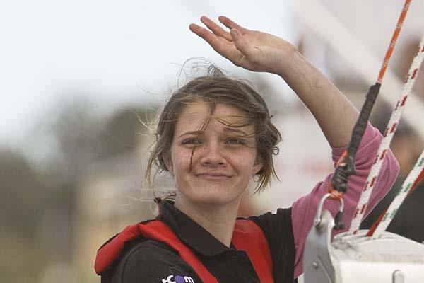 دختر استرالیایی رکورد سفر دور دنیا را شکست