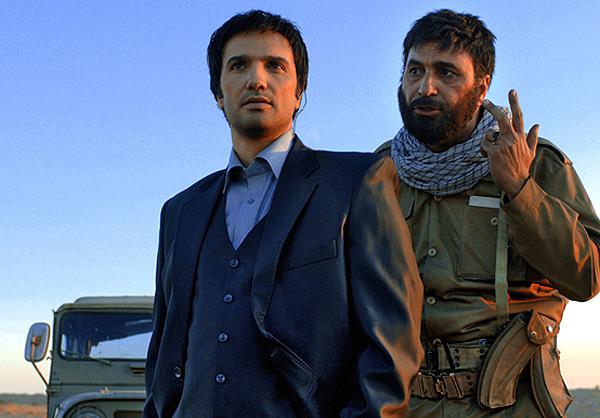 محمدرضا گلزار در نقش عزرائیل در فیلم دموکراسی تو روز روشن