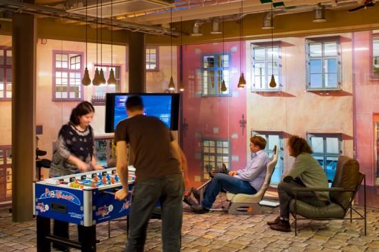 عکسهایی از دفتر کار دیدنی گوگل؛ بزرگترین موتور جست و جوی دنیا!!