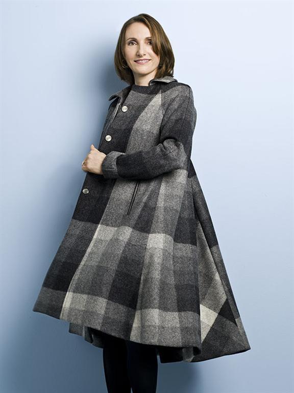 مدل مانتو دم حلال مدلهای زیبا و جدید کت های زیبای خاکستری رنگ زمستانی ...