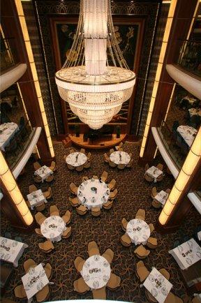 عکسهای بزرگ ترین کشتی تفریحی اقیانوس پیمای جهان irannaz.com