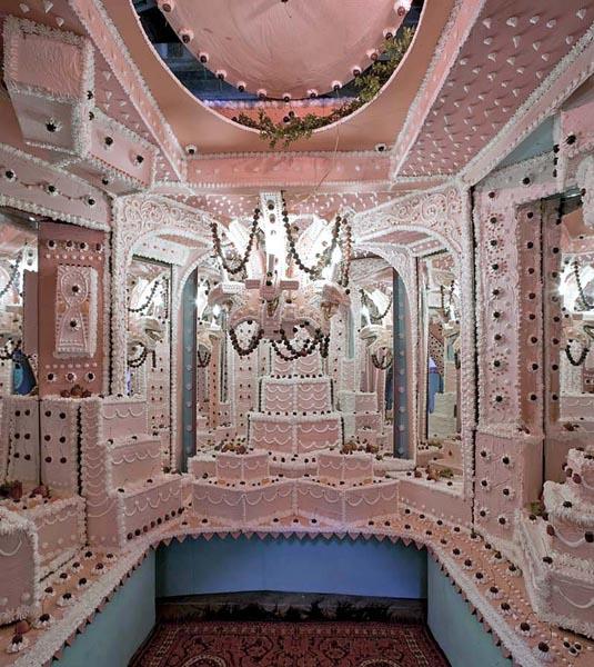 قصری ساخته شده از کیک در آوکلند (تصویری)