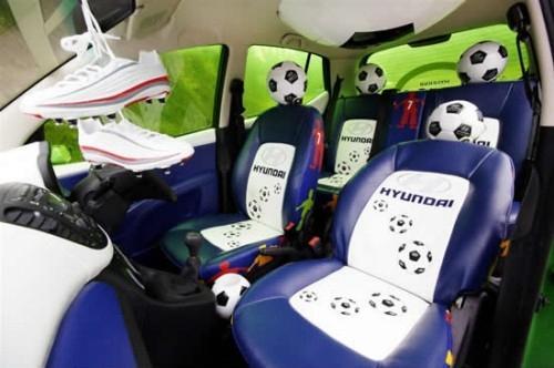 عکسهای ماشین یک عاشق فوتبال !