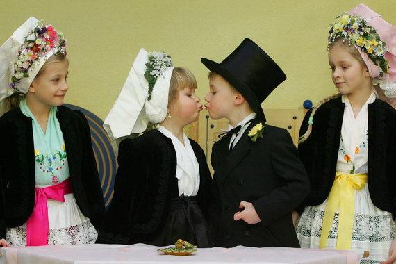 عکسهایی از زوجهای کوچولو و با نمک ، www.pixnaz.info