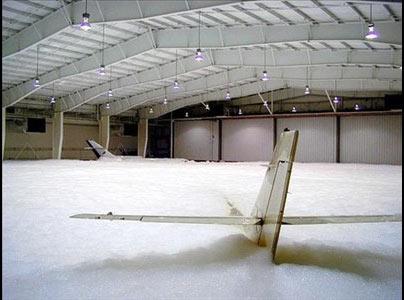 عکسهایی از شستشوی یک هواپیمای غول پیکر