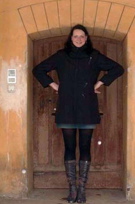 زنی عجیب با 160 کیلو وزن و 220 سانتیمتر قد !!