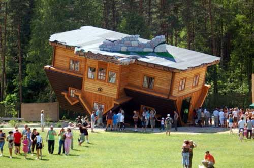 عکس هایی دیدنی ازعجیب ترین خانه های جهان