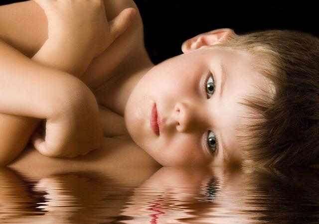 عکس هایی بسیار زیبا و دیدنی از کودکان ناز