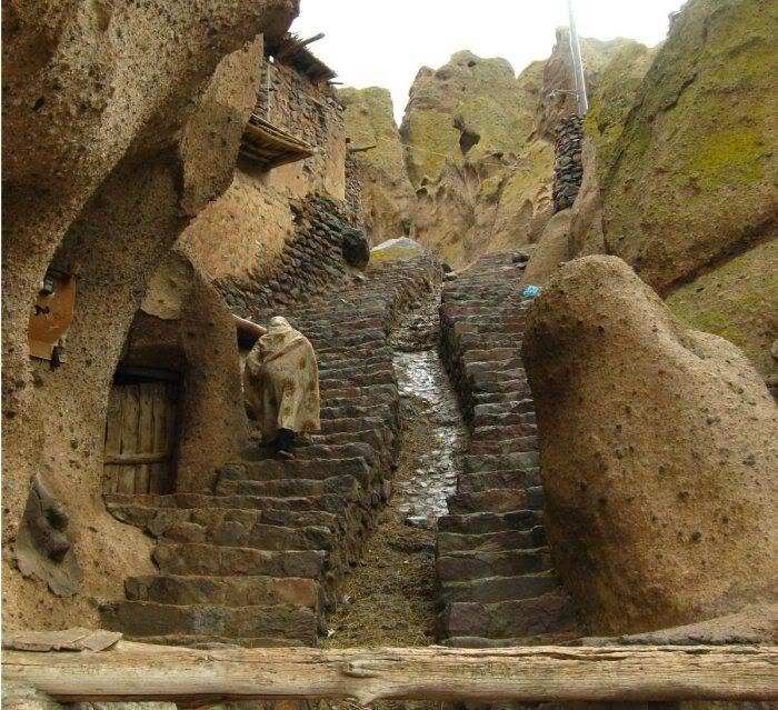 عکس هایی دیدنی از خانه هایی 700ساله سنگی