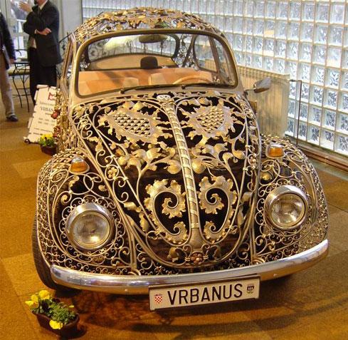 عکس هایی دیدنی از اتومبیل های ساخته شده از طلا