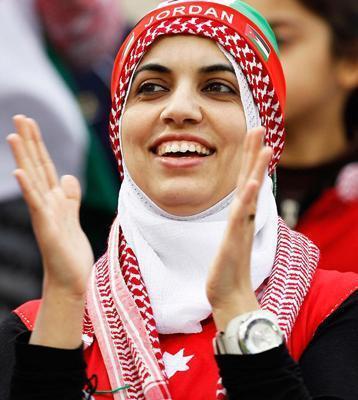 شباهت باور نکردنی یک زن اردنی به فردوسی پور!!