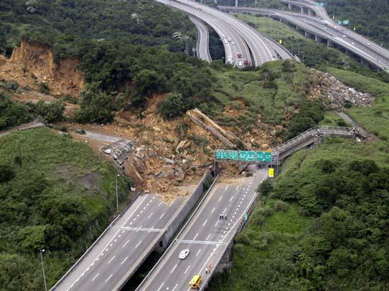 عجیب ترین حوادث جهان در سال 2010