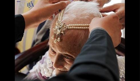 عکس های شگفت انگیز عروسی زن 101 ساله !!!!