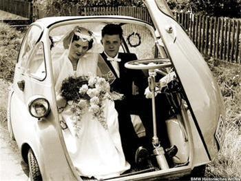 زنی که تاکنون ۲۳ بار ازدواج کرده است!