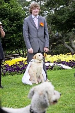 ازدواج باور نکردنی یک پسر با سگش