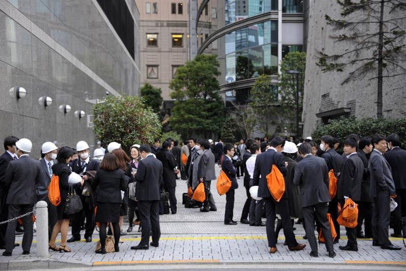 عکس های اولیه از زلزله بسیار مهیب ژاپن