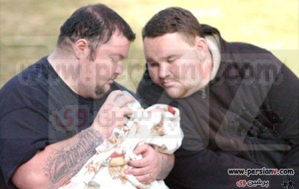 عکس های دومین مرد باردار دنیا و همسرش
