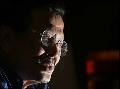 حضور ستارگان سینما در عرصه سیاست (تصویری)