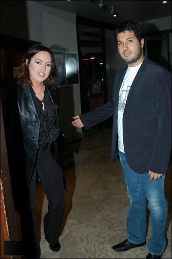 ازدواج خواننده سرشناس ترکیهای با یک پسر ایرانی