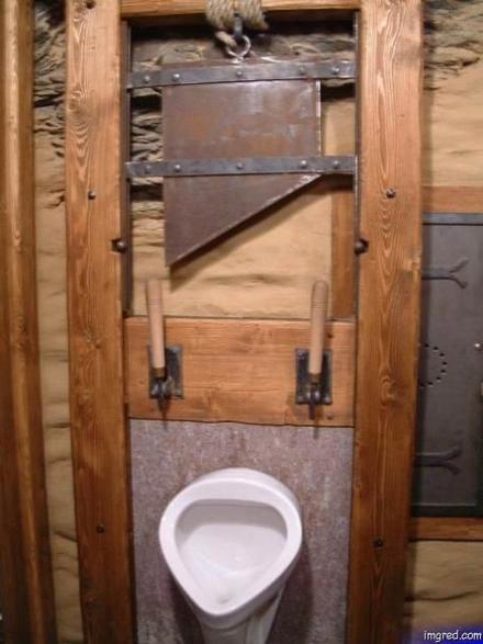 عکس هایی بامزه از خنده دار ترین دستشویی ها
