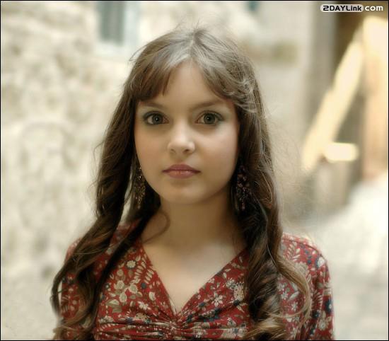 عکس های زیبا ترین دختر جهان از نگاه کتاب گینس