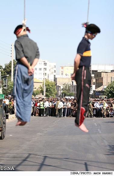 اعدام 4 متجاوز به عنف در یزد + عکس