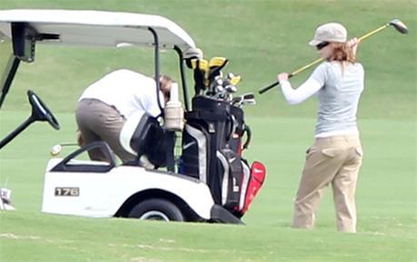 عکس های نیکول کیدمن و همسرش در حال بازی گلف