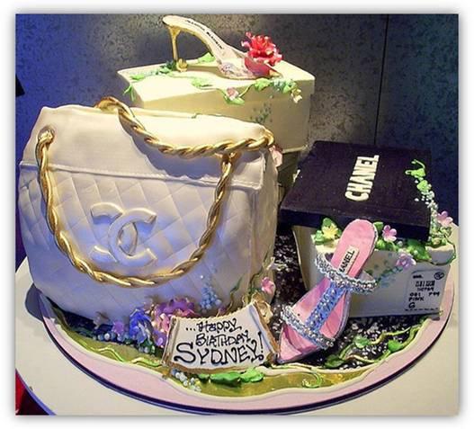 آیا شما باور میکنید که اینها کیک تولد هستند ؟!