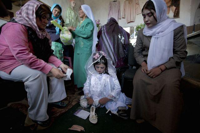 عكسهای ازدواج مردان 60 ساله و دختران 13 ساله