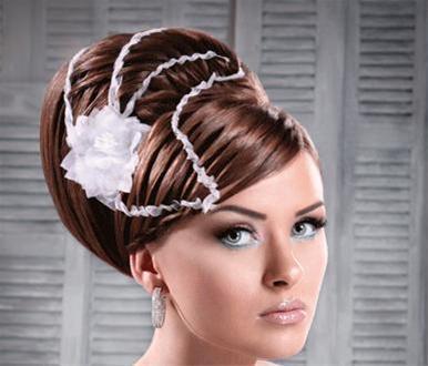 جدیدترین مدل های آرایش عروس 2011 / www.irannaz.com