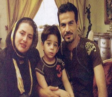 عکس های دختر ناصر حجازی در سوگ پدرش