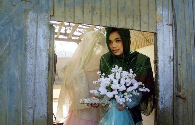 عکسهای ازدواج مردان 60 ساله و دختران 13 ساله