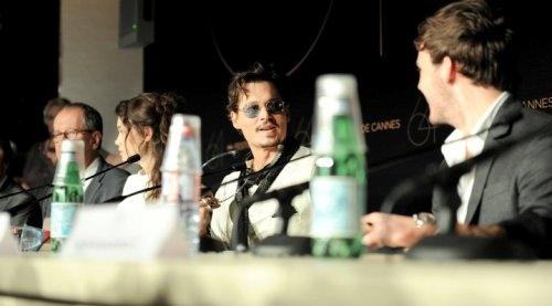 عکس هایی متفاوت از جانی دپ در جشنواره فیلم کن