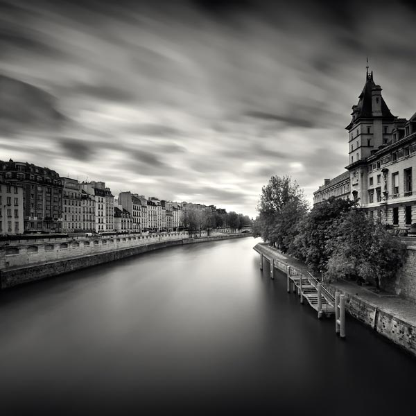عکس هایی سیاه و سفید و بسیار زیبا و هنری