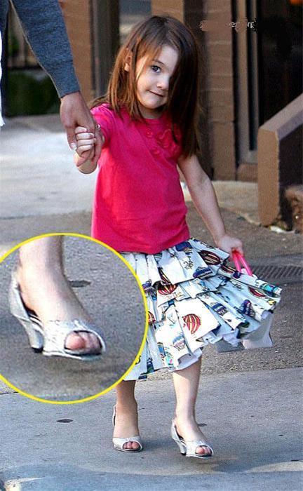 عکس هایی از کوچکترین دختر طراح مد هالیوودی