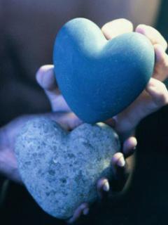 عکسهایی برای موبایل با موضوع LOVE