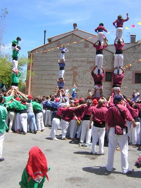 تصاویری دیدنی از فستیوال برجهای انسانی در اسپانیا